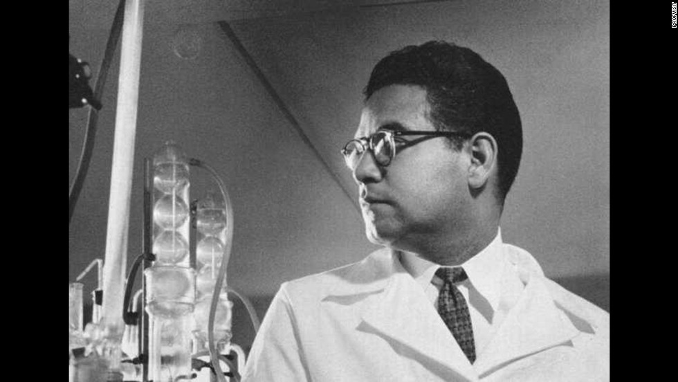 Mexican chemist Luis E. Miramontes synthesized norethisterone in 1951 at the age of 26. This chemical compound was then used to create the first contraceptive pill.