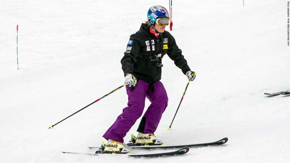 Vonn made a sensational return to action in August 2013 at a U.S. training camp in Chile's Andes Mountains. She insisted her damaged right knee felt as good as her unaffected left knee.