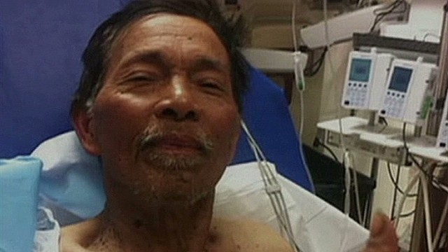 Man survives 19 days on algae, snakes