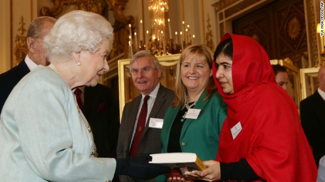 Malala meets the queen