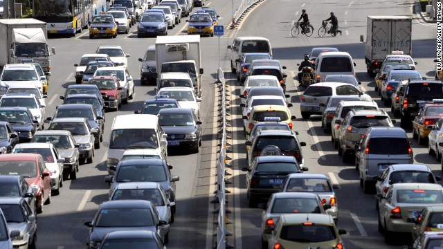 China's roads kill more people per year than those in any other country, according to the World Health Organization.