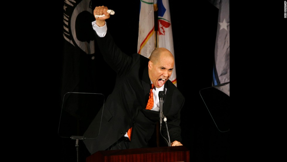 Booker gestures as he ends his State of the City speech with a Maya Angelou poem in February 2009.