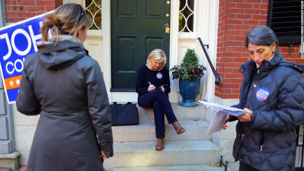 From left, Cecilia Idman-Rait, Suzie Tapson and Ania Camargo campaign for Boston mayoral candidate John Connolly in the Beacon Hill neighborhood.