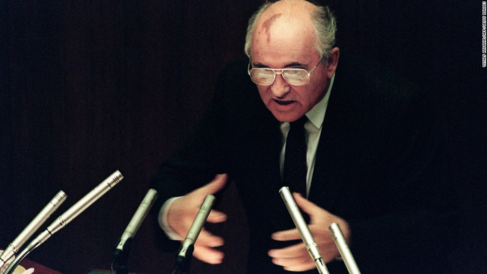 Gorbachev stresses a point during a session of the Supreme Soviet in Moscow in 1991.