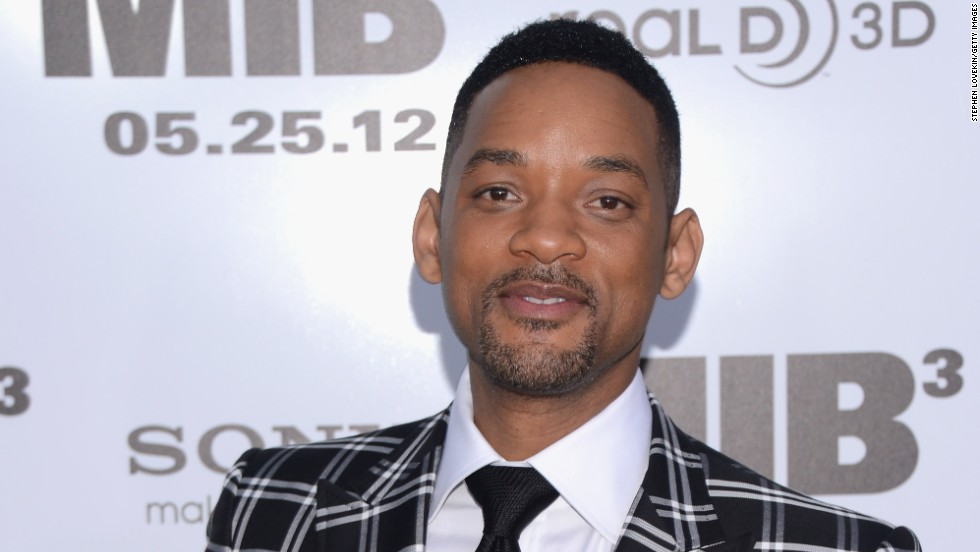 "<a href=""http://www.youtube.com/watch?v=f3qO2HdBjA0"" target=""_blank"">Will Smith was none too pleased</a> in 2012 when a male reporter tried to kiss him during the Moscow premiere of ""Men in Black 3."""