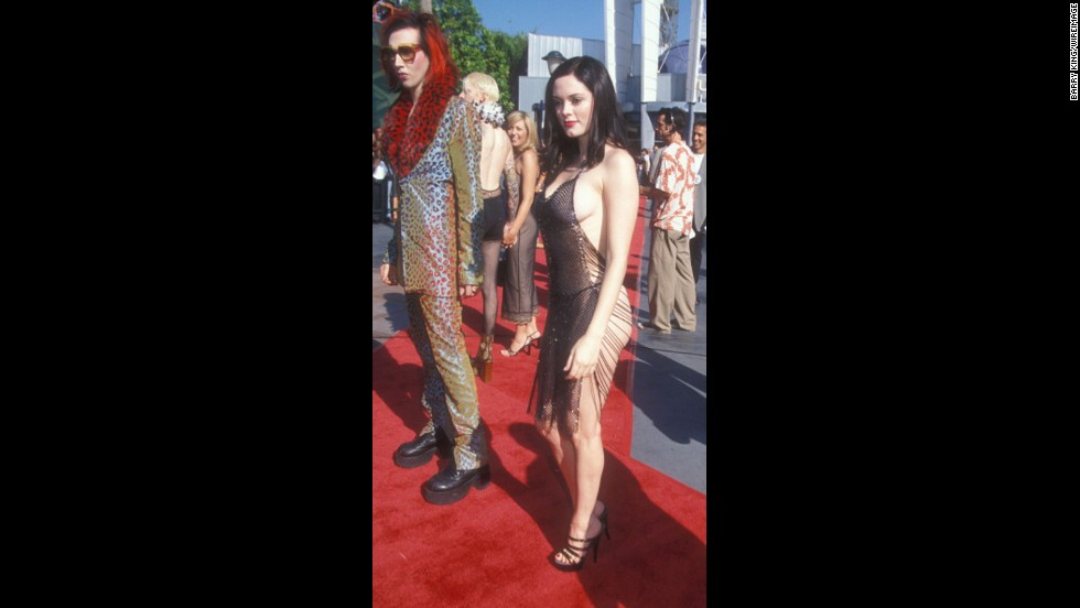 Marilyn Manson and Rose McGowan made quite the couple at the 1998 MTV Video Music Awards. Let's just say her dress barely lived up to the name.
