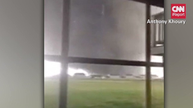 ireport illinois tornado video _00000027.jpg
