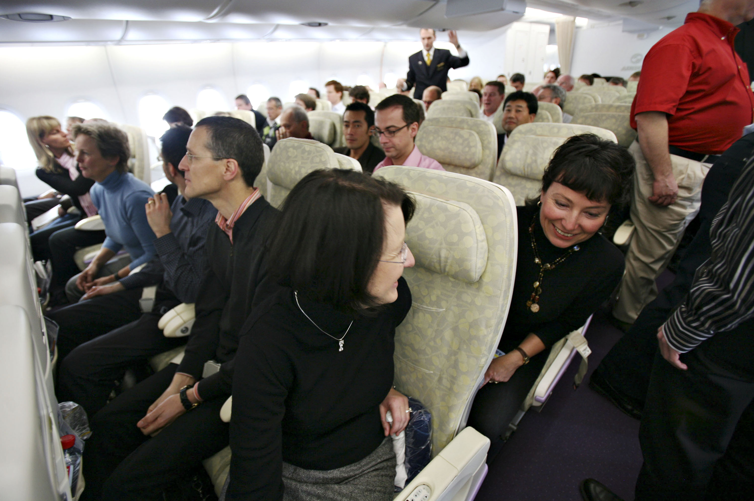 20 most rude and annoying things passengers do on planes