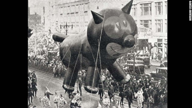 The parade debuted its signature giant balloons to great fanfare. Felix the Cat was the first-ever character balloon, kicking off a star-studded roster that has included more than 100 of the worlds most famous characters 1927 courtesy Macy's