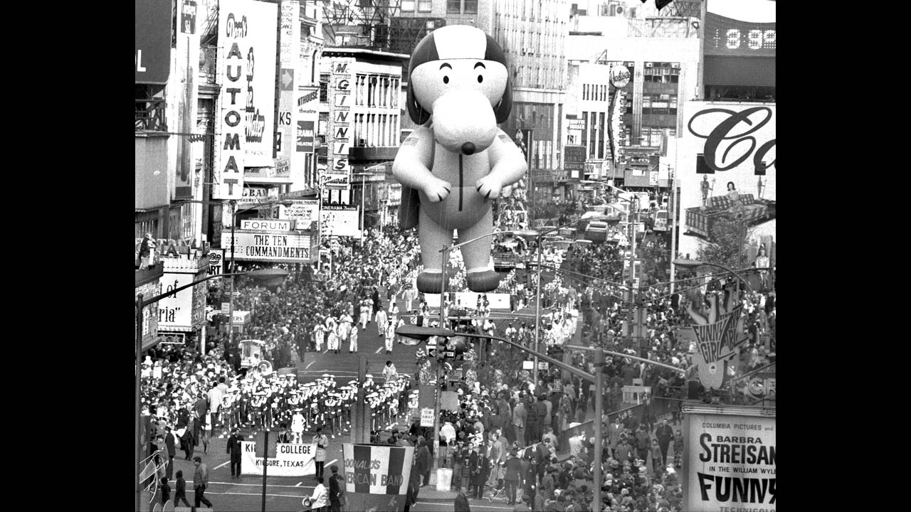 Macy S Thanksgiving Day Parade 6 Fun Historical Facts Cnn Travel
