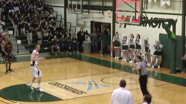 mxp vo huntington university buzzer beater_00001016.jpg