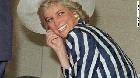 (FILES) Picture taken 27 January 1988 shows Princess of Wales Diana, during her visit to the Footscray Park in suburb of Melbourne.