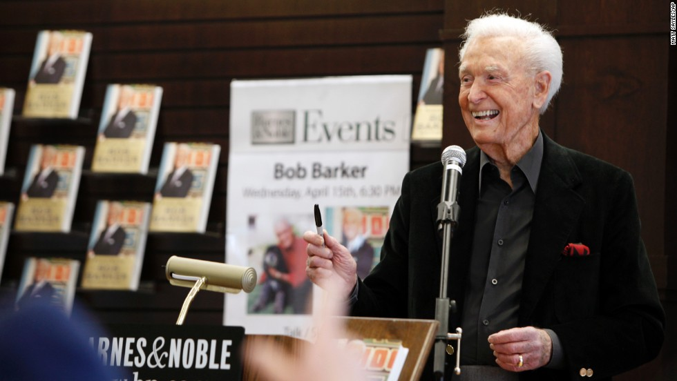 "Barker answers fans' questions during a book signing of his memoir ""Priceless Memories"" in 2009."