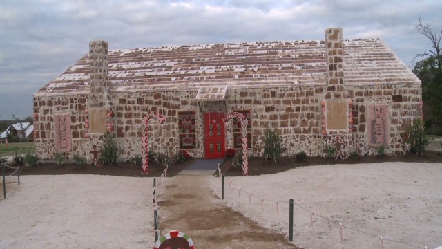 dnt tx world record gingerbread house_00013015.jpg