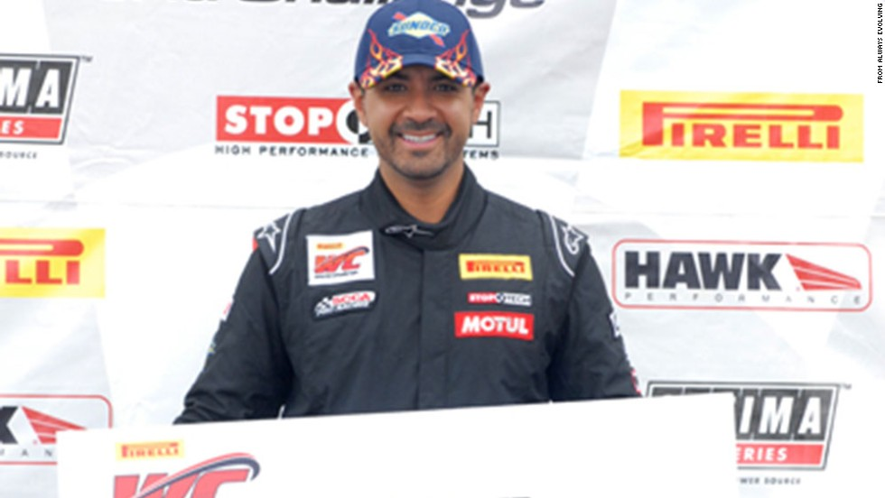 5 things to know about Roger Rodas, who died with Paul Walker