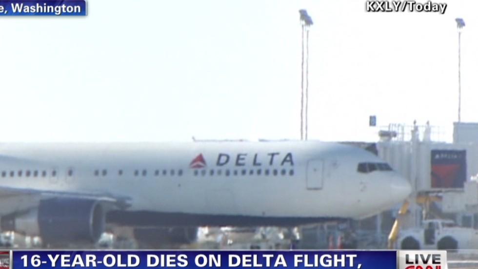 Teen dies after medical emergency on flight