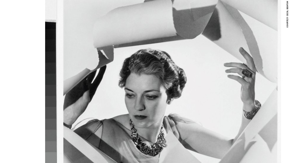 Another famous patron of high-end jewelers was Countess Mona Bismarck, who like most women of her standing at the time, would update the setting for her gems as fashion changed. In this 1936 photograph she is wearing an aquamarine parure by Suzanne Belperron, the most fashionable designer of the period.