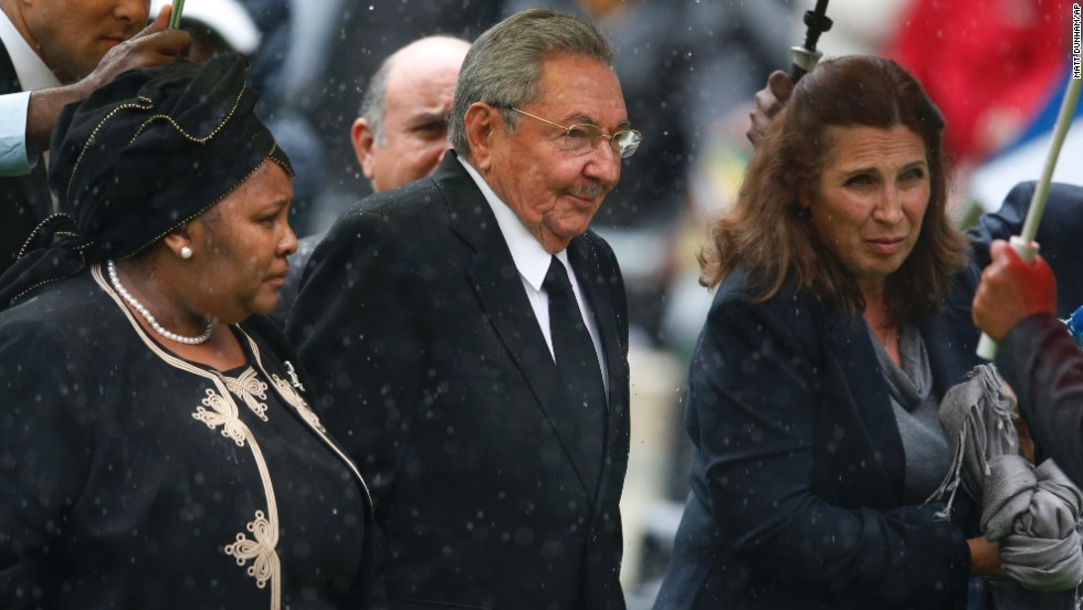 Cuban President Raul Castro arrives for the memorial service.
