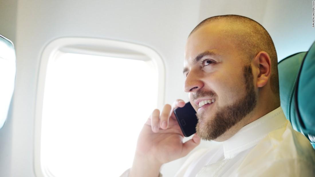 تلفن هواپیما مکالمه