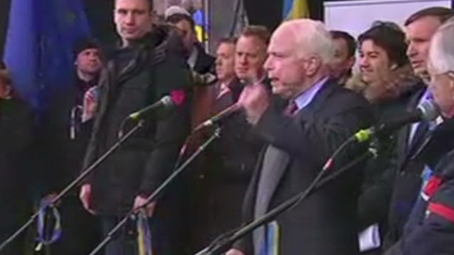 McCain: America stands with Ukrainians