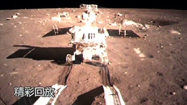 Jade Rabbit moon rover in trouble
