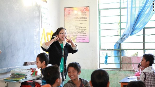 Cai Hanyun teaches her students at Dachaoshan Middle School.
