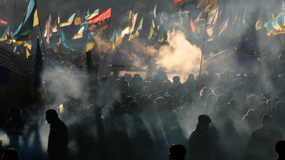 <strong>December 14:</strong> Ukrainian protesters, angry about the government's decision to back away from a free-trade agreement with the European Union, rally in Kiev's Independence Square. The government spurned an agreement in November in favor of closer economic ties with Moscow.