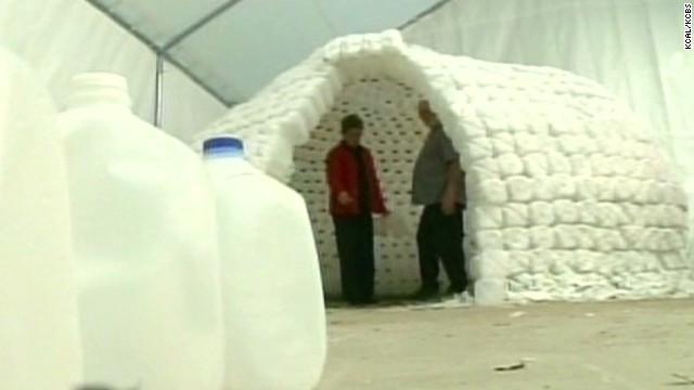 ac ridiculist california snow milk igloo_00021326.jpg
