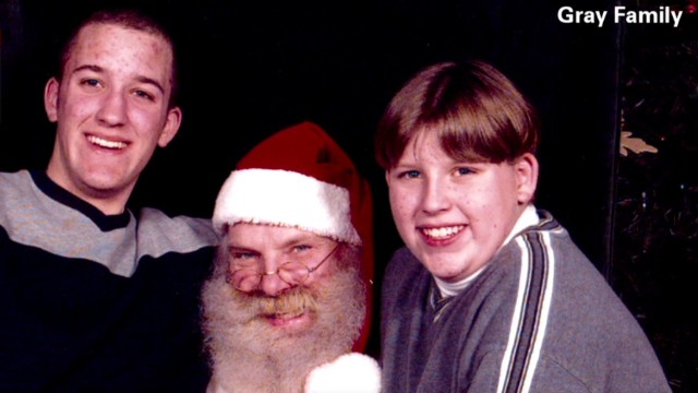 sot nr brothers santa pictures tradition_00013507.jpg