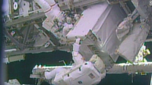 LEAD machado space walk complete_00001123.jpg