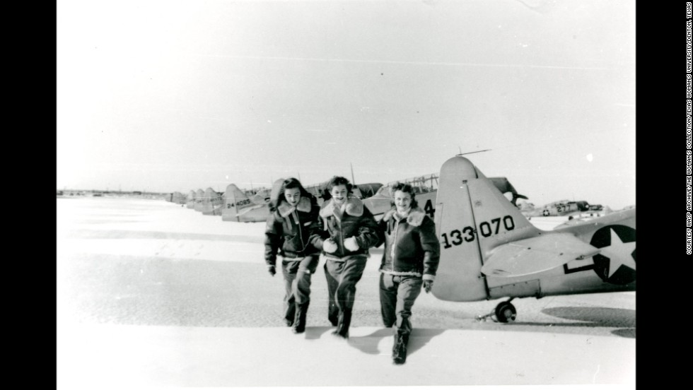 WASPs, from left, Ann Lore, Clara Jo Marsh and Jo Martin at Avenger Field, Sweetwater, Texas.
