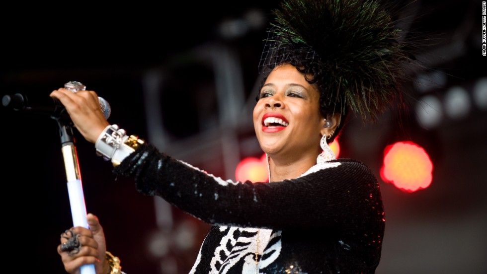 Singer Kelis is the daughter of an African-American father and a Puerto Rican and Chinese mother.