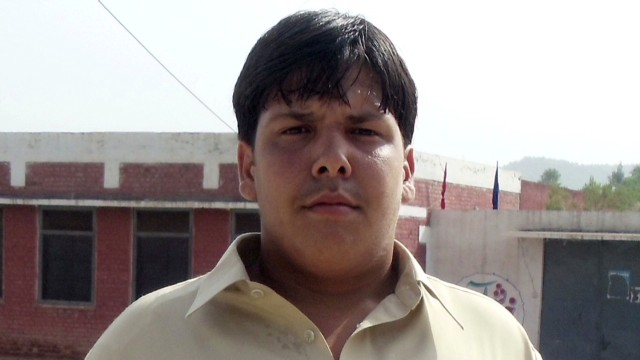 pakistan teen hero_00003117.jpg