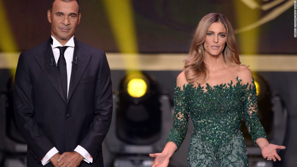 Former Dutch footballer Ruud Gullit and Brazilian actress, model and TV presenter Fernanda Lima compered the evening at the Kongresshalle in the Swiss city Zurich.