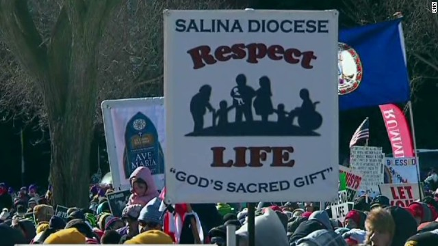 Thousands converge for March on Life