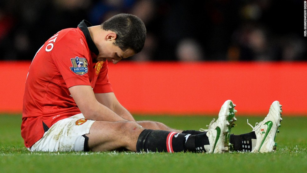 Hernandez sums up the mood around Old Trafford as Manchester United slumped to yet another defeat in what is fast becoming a miserable season.
