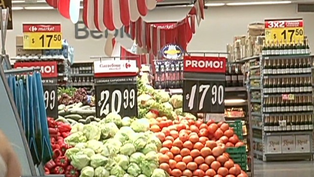 cnnee nm inflation prices argentina_00013019.jpg