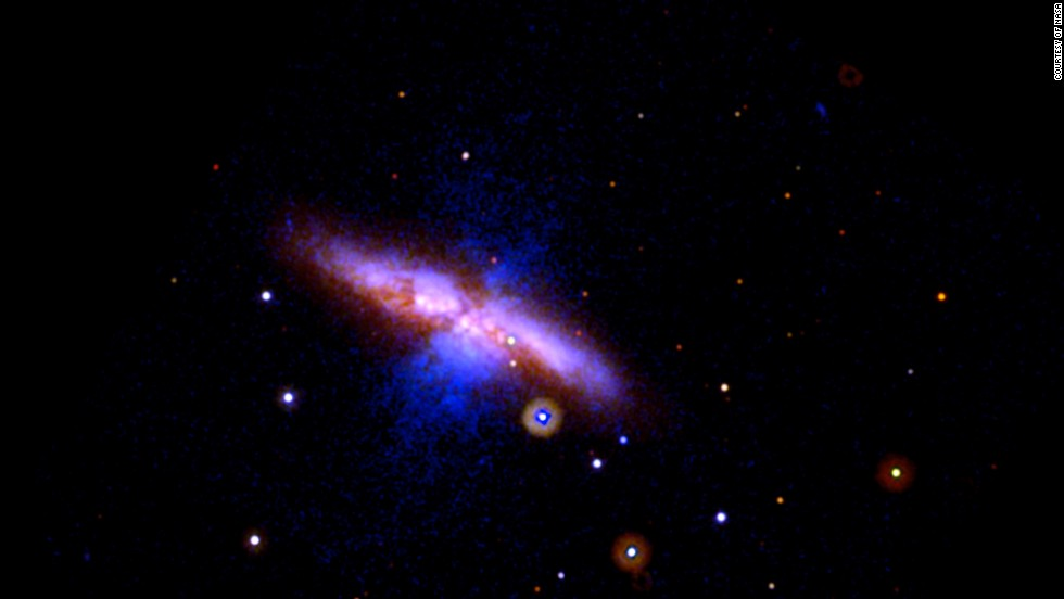 A supernova was spotted on January 21 in Messier 82, one of the nearest big galaxies. This wide view image was taken on January 22.