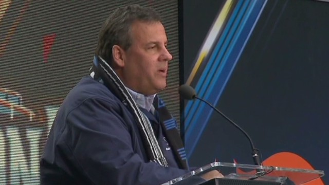 newday sot christie booed at Super Bowl event_00004227.jpg