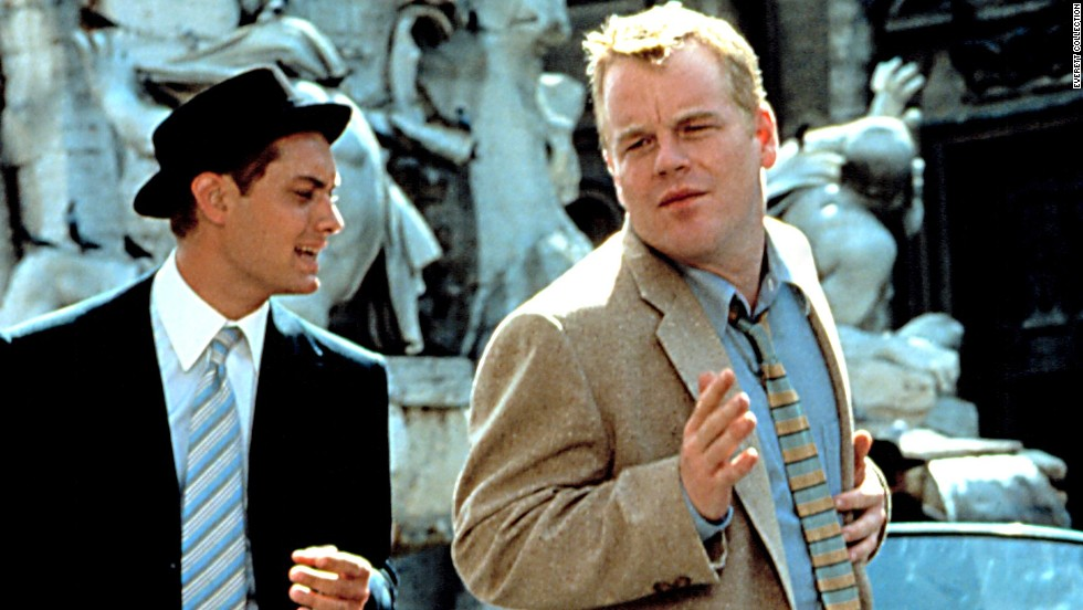 "Jude Law y Hoffman en ""The Talented Mr. Ripley"" (1999)."