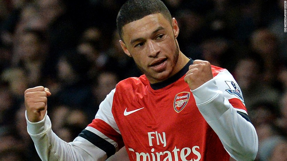 Alex Oxlade-Chamberlain scored a second half double as Arsenal went back to the top of the English Premier League in beating Crystal Palace 2-0.