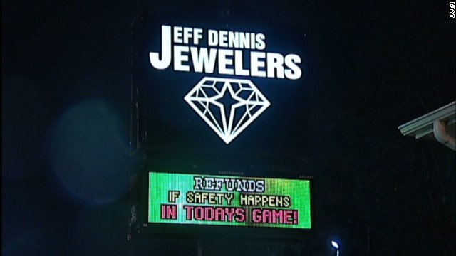 nr intv jewelry store refunds superbowl safety_00001613.jpg