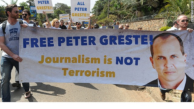 Journalists stand with imprisoned peers