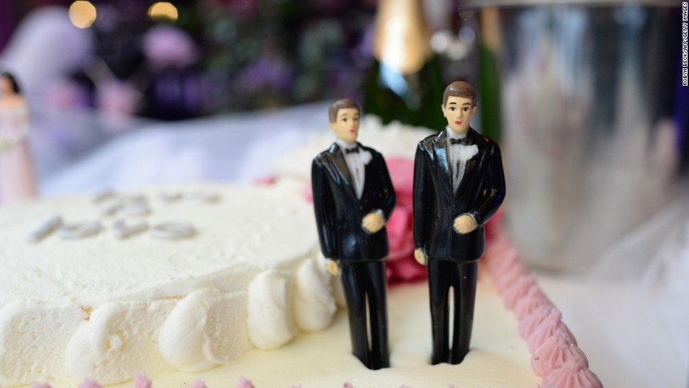 Texas ban on same-sex marriage struck down by federal judge