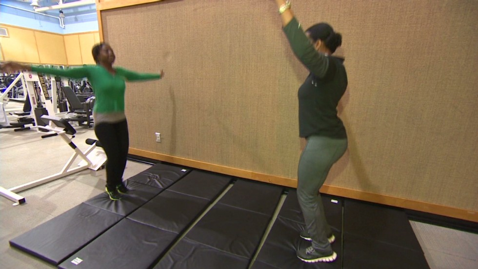 Breaking up with love handles - CNN Video
