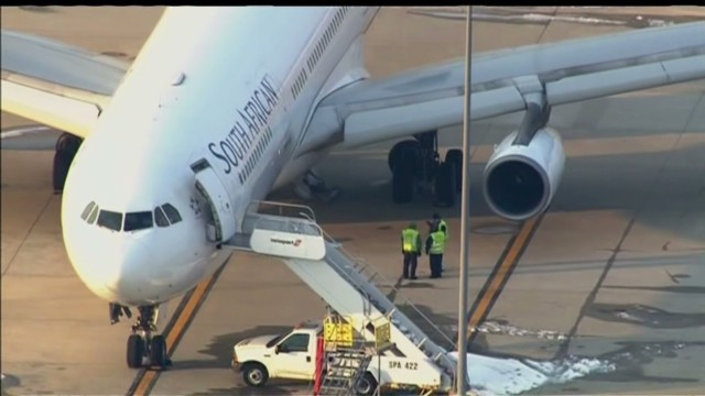 Body found in airplane wheel well
