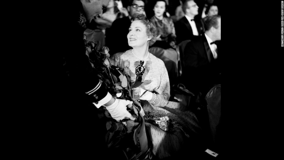 "Shirley Booth wins the best actress Oscar for ""Come Back, Little Sheba"" in 1953."