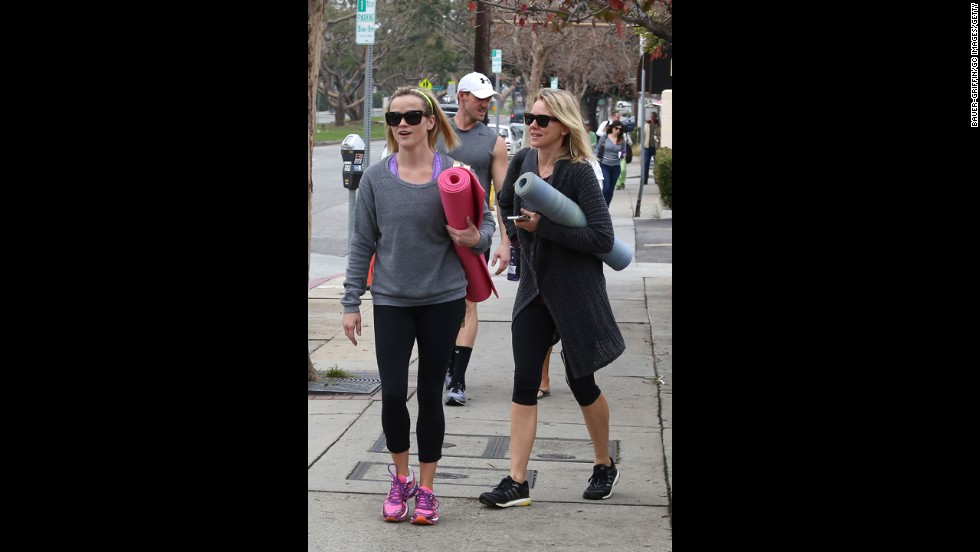 Actress pals Reese Witherspoon and Naomi Watts head to a yoga class  in leggings and sweatshirts.