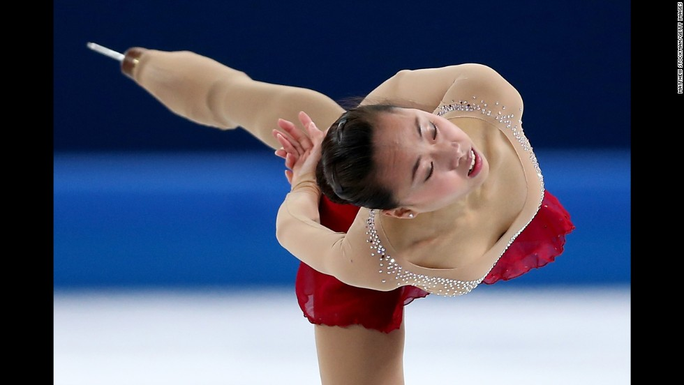 Chinese figure skater Kexin Zhang performs her short program.