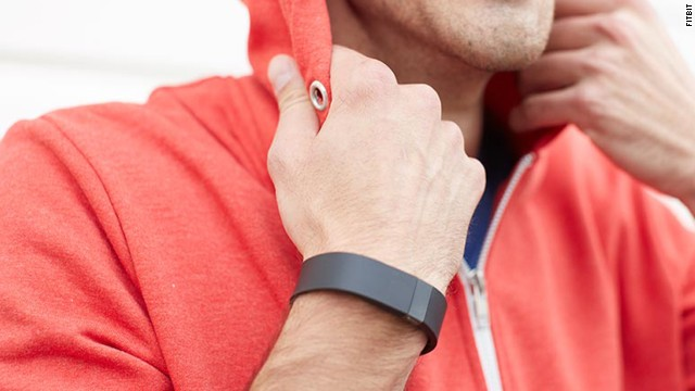 Fitbit has recalled its Force wristband following reports from some users of irritated skin.